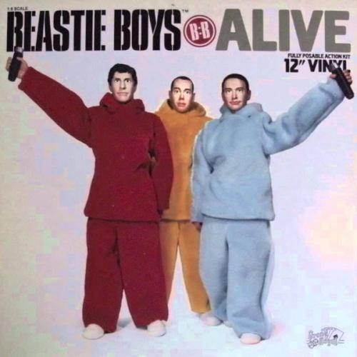 Beastie Boys – Alive